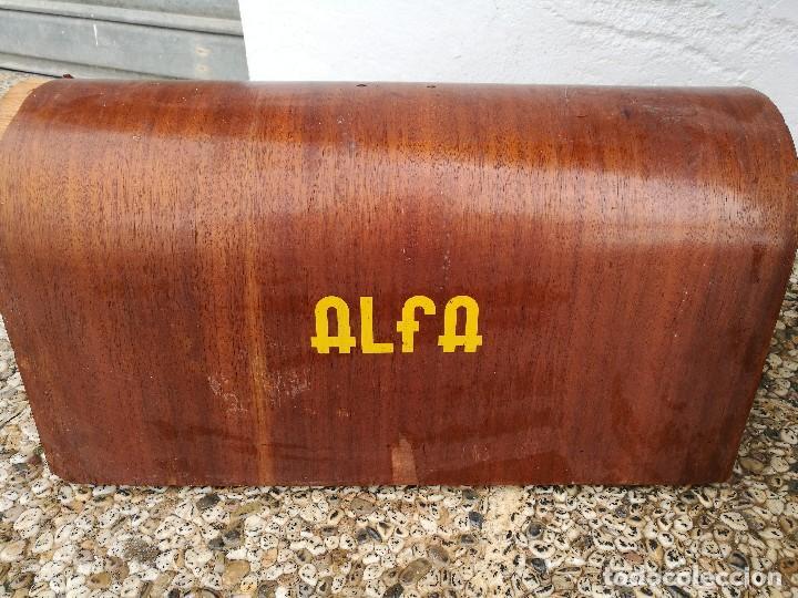 Antigüedades: Máquina de coser ALFA - Foto 2 - 119365007