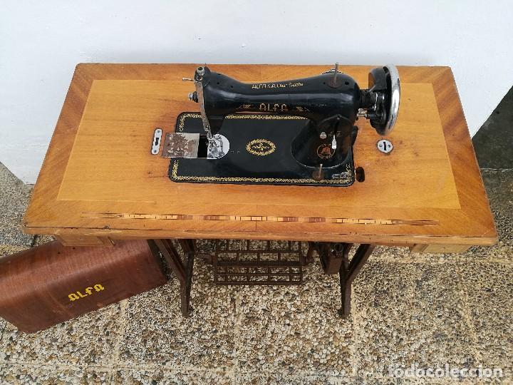 Antigüedades: Máquina de coser ALFA - Foto 5 - 119365007