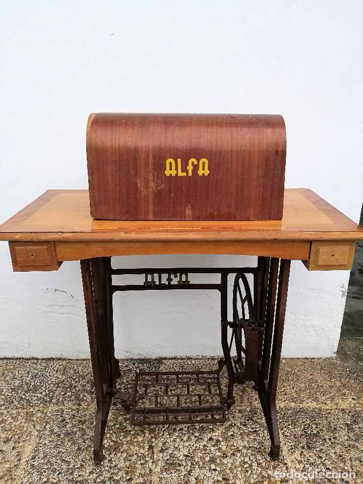 Antigüedades: Máquina de coser ALFA - Foto 13 - 119365007