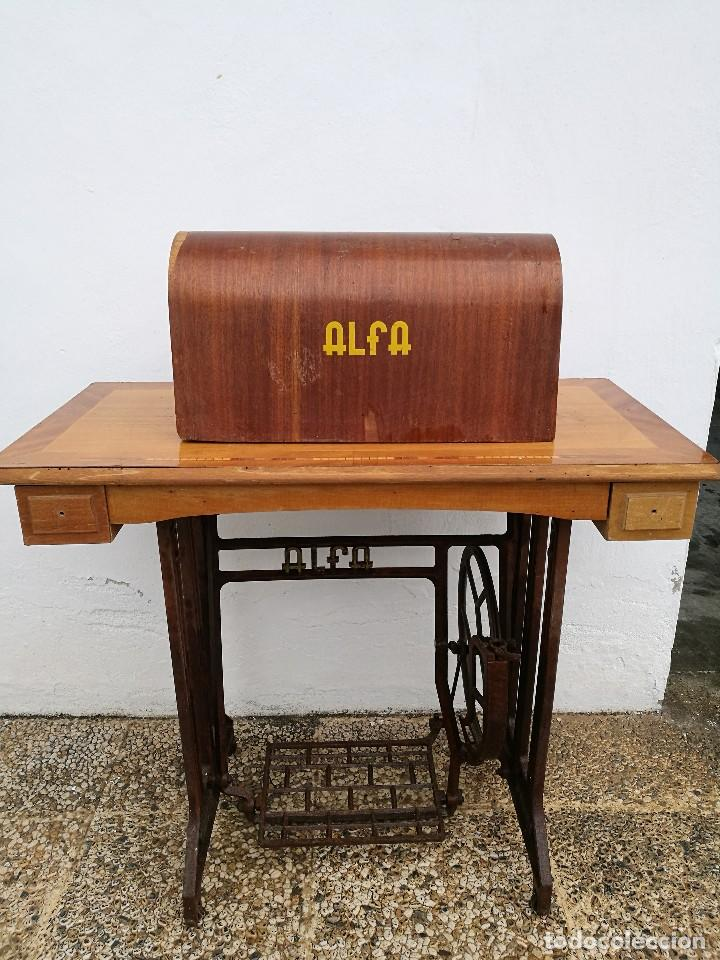 Antigüedades: Máquina de coser ALFA - Foto 14 - 119365007