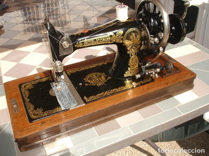 ANTIGUA EXQUISITO MAQUINA DE COSER, MARCA FRISTER & ROSSMAN, CLEOPATRA, FUNCIONA Y COSE, AÑO C.1920S (Antigüedades - Técnicas - Máquinas de Coser Antiguas - Frister & Rossmann)