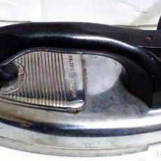 Antigüedades: PLANCHA MARCA GENERAL ELECTRICA PORTUGAL. AÑOS 50 O 60. Lote 119581835