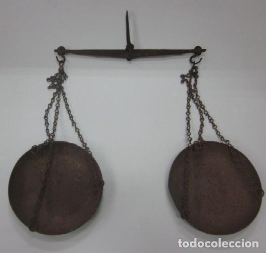 ANTIGUA BALANZA DE PLATOS (Antigüedades - Técnicas - Medidas de Peso - Balanzas Antiguas)