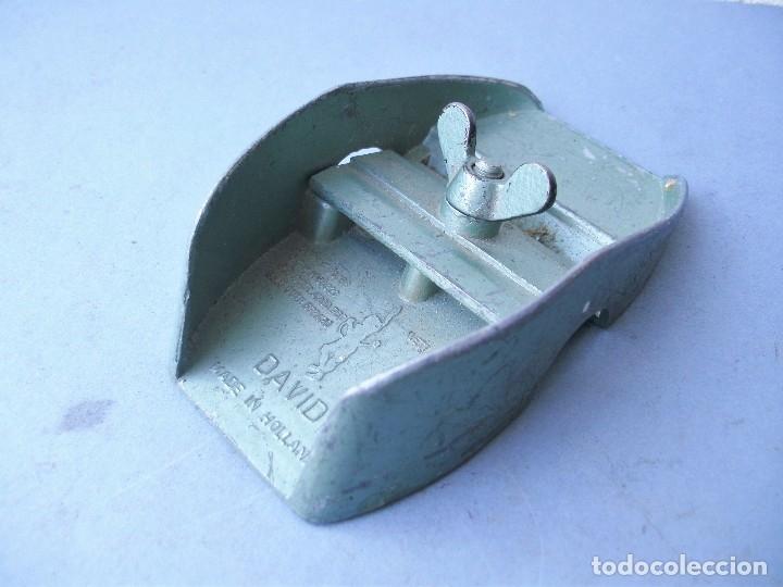 Antigüedades: pequeño cepillo para modelismo, david, made in Holland (9x5cm aprox) - Foto 3 - 119678164