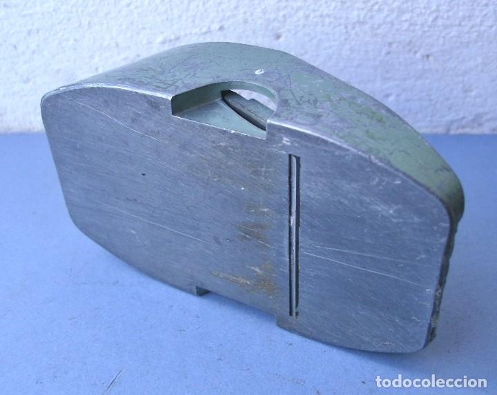 Antigüedades: pequeño cepillo para modelismo, david, made in Holland (9x5cm aprox) - Foto 4 - 119678164