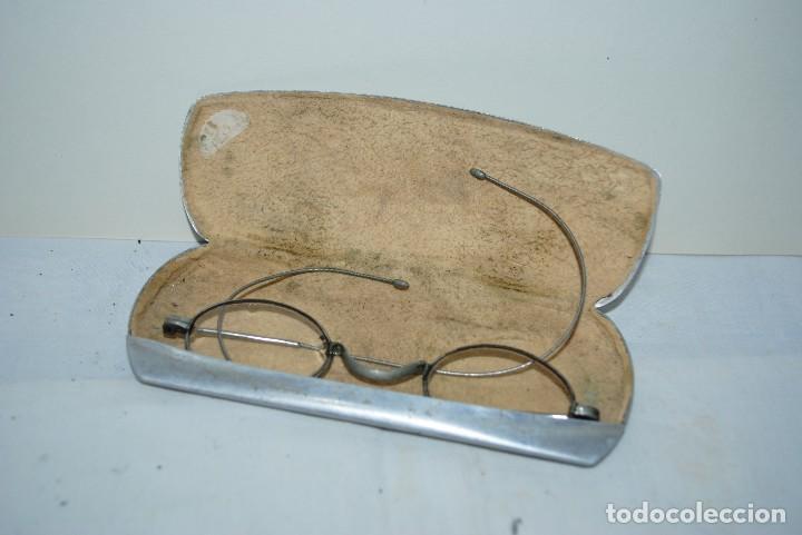 Antigüedades: GAFAS ANTIGUAS CON FUNDA - Foto 2 - 129130667