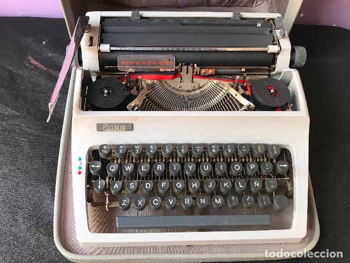 MAQUINA DE ESCRIBIR ERIKA EN MALETA - FUNCIONANDO - VER FOTOS (Antigüedades - Técnicas - Máquinas de Escribir Antiguas - Erika)