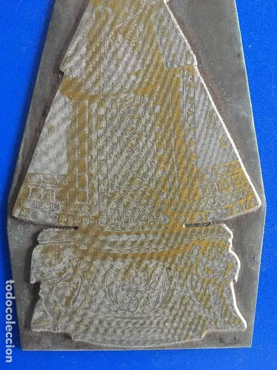 Antigüedades: RAREZA, ANTIGUA PLANCHA PLANCHA METALICA DE IMPRENTA DE LA VIRGEN DE MONTSERRAT - Foto 3 - 119949571