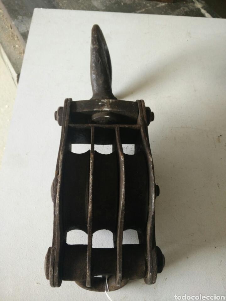 Antigüedades: Polea antigua de hierro - Foto 4 - 120666619