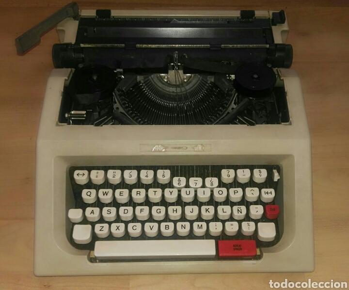 OLIVETTI LETTERA 42 MÁQUINA DE ESCRIBIR COMPLETA (Antigüedades - Técnicas - Máquinas de Escribir Antiguas - Olivetti)