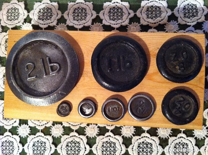 Antigüedades: OFERTON COMPLETO JUEGO DE 8 ANTIGUAS PESAS DE 1/4 ONZA A 2 LB (X07) - Foto 2 - 105182855