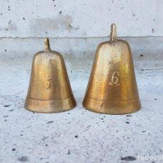 Antigüedades: CAMPANAS DE BRONCE ANTIGUAS NUMERO 5 Y 6,SIGLO XVIII APROX. Lote 121093019