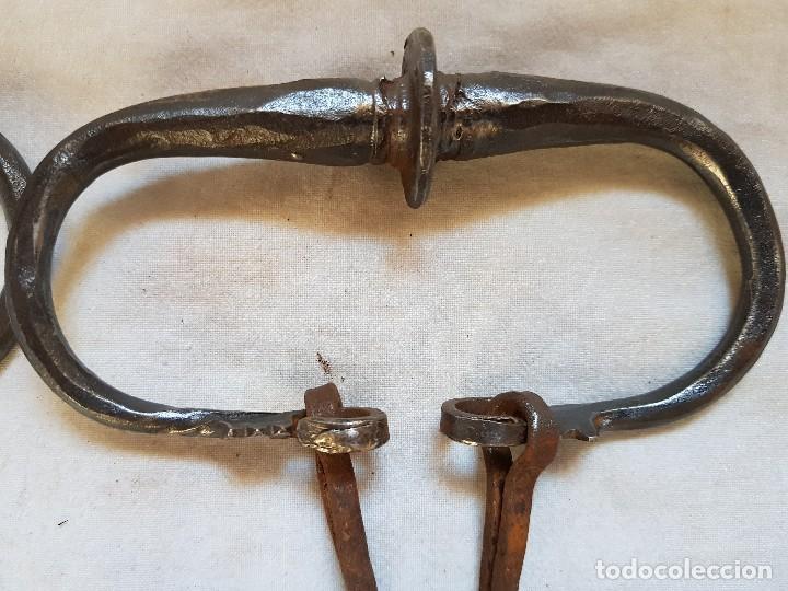 Antigüedades: Cuatro tiradores de cajón. Siglo XVI - Foto 4 - 121289423