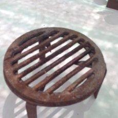 Antigüedades: ANTIGUO HORNILLO TREBEDE FOGON EN HIERRO FORJA PARA COCINAR EN EL F UEGO, LUMBRE, CHIMENEA. Lote 121684419