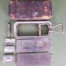 Antigüedades: MAQUINILLA DE AFEITAR. METAL CROMADO. CRICKLEWOOD. INGLATERRA. 1927. Lote 121718771