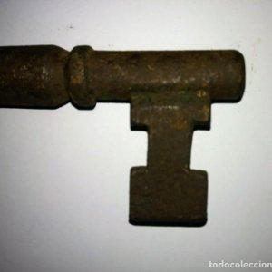Llave de forja antigua gran tamaño 214 gramos 18,5cm x 5,4cm