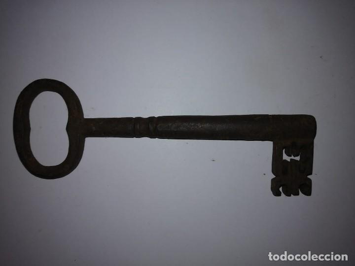 Antigüedades: Llave de forja antigua 107 gramos 14,4cm x 4,9cm - Foto 13 - 121767991