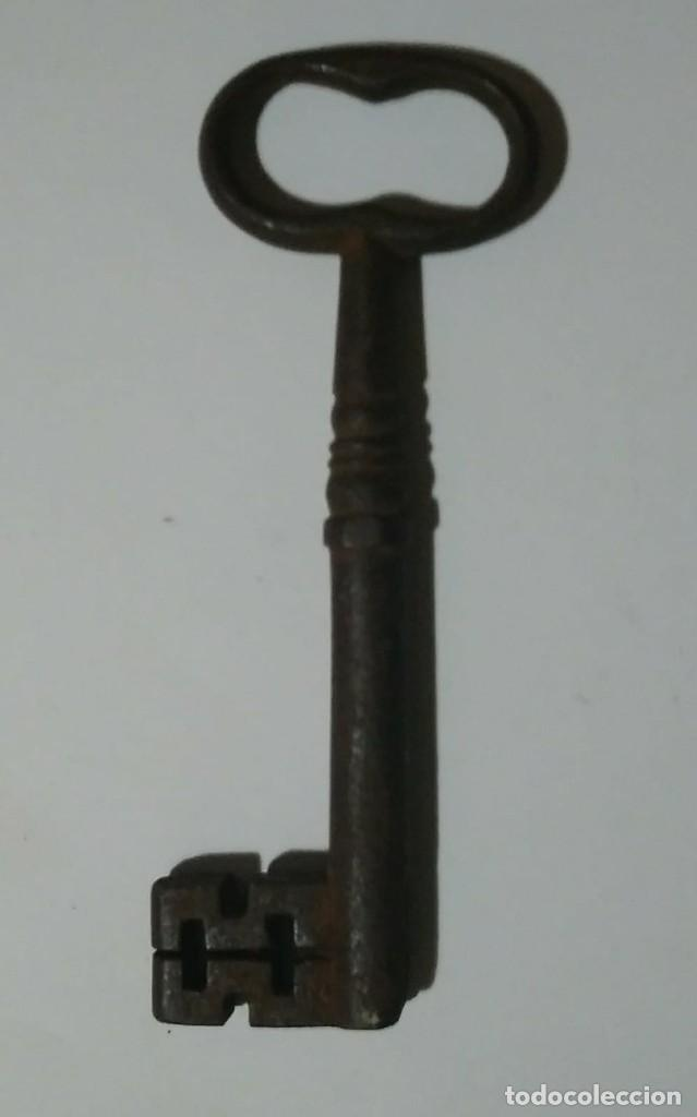 Antigüedades: Llave de forja antigua 112 gramos 13.6cm x 4,9cm - Foto 7 - 121810063