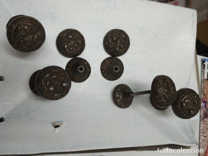 Antigüedades: LOTE 11 TIRADORES Y 3 LLAVES ARMARIO, COMODA CAJONES O SIMILAR. Mitad siglo XX aprox. - Foto 9 - 121893267