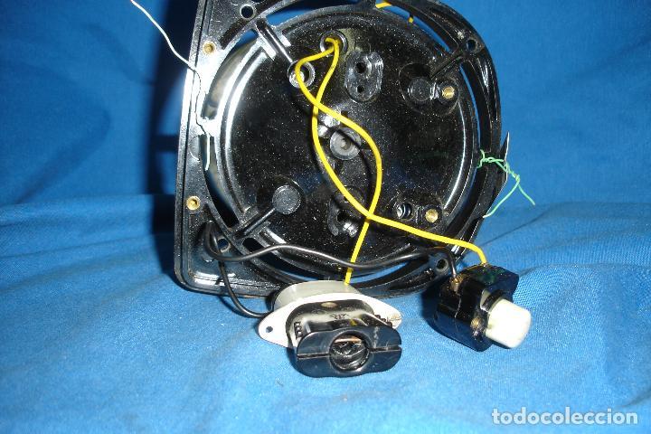 Antigüedades: MOTOR SACADO DE ANTIGUO ASPIRADOR ELECTROLUX MOD. Z.82 - Foto 4 - 121982083