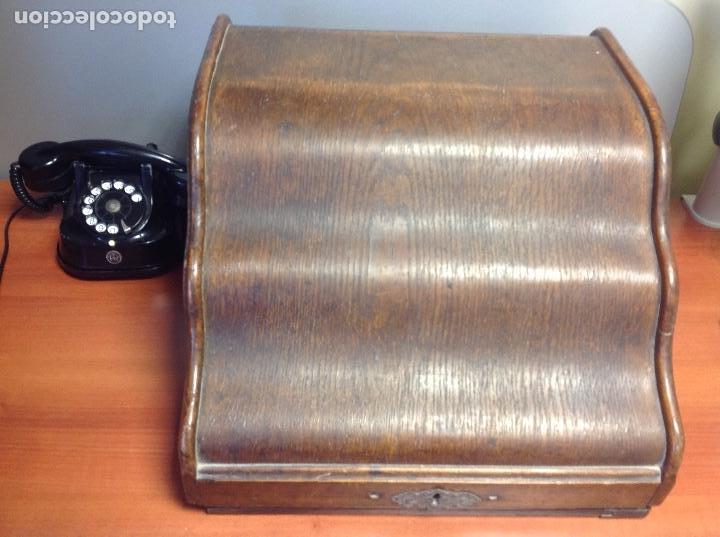 Antigüedades: Máquina de escribir antigua Royal 10 con su cofre original ..,., - Foto 4 - 122247711