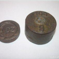 Antigüedades: DOS ANTIGUOS Y RAROS PONDERALES DE HIERRO.. Lote 122253483