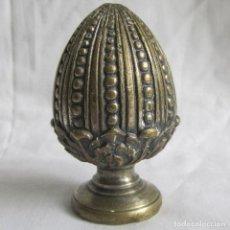 Antigüedades: PIÑA DE BRONCE POMO DE ESCALERA. Lote 122287395