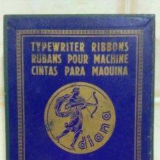 Antigüedades: CAJA DE CARTÓN VACÍA DE CINTAS DIANA PARA MAQUINAS DE ESCRIBIR HISPANO OLIVETTI NEGRO FIJO (2). Lote 122297259