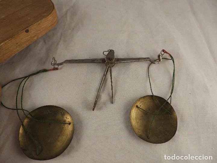 Antigüedades: BALANZA DE ORO ANTIGUA CON PONDERALES S, XVIII - Foto 2 - 122437375