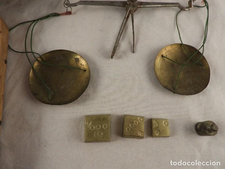 Antigüedades: BALANZA DE ORO ANTIGUA CON PONDERALES S, XVIII - Foto 3 - 122437375