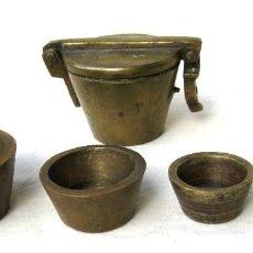 Antigüedades: PONDERAL MARCADO R 16 BRONCE MACIZO CON 5 VASOS MÁS TODOS MARCADOS. Lote 122587379