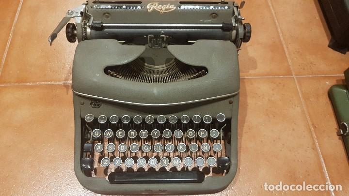 MÁQUINA DE ESCRIBIR REGIA FUNCIONANDO FABRICADA EN ESPAÑA (Antigüedades - Técnicas - Máquinas de Escribir Antiguas - Otras)