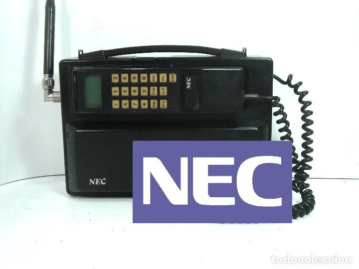 ANTIGUO TELEFONO MOVIL DE COCHE - NEC TR5E - JAPAN AÑOS 80S 90S MALETA (Antigüedades - Técnicas - Teléfonos Antiguos)