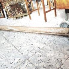Antigüedades: ANTIGUA BARRA PROCEDENTE DE INDUSTRIA TEXTIL, 2 METROS, DECORACION, INTERIORISTAS, DECORADORES.... Lote 122701891