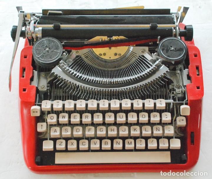 MÁQUINA DE ESCRIBIR PORTÁTIL OLIVETTI ? (Antigüedades - Técnicas - Máquinas de Escribir Antiguas - Olivetti)