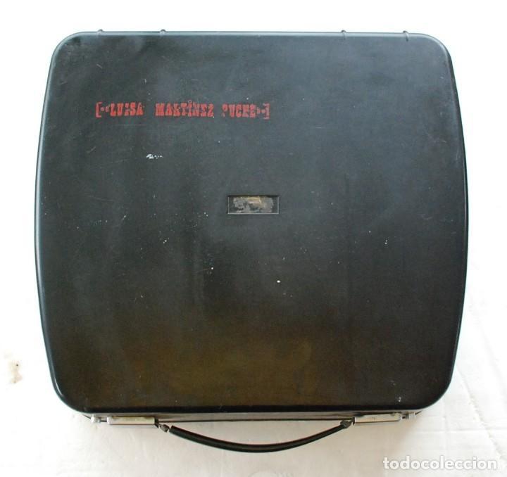 Antigüedades: Máquina de escribir portátil Olivetti ? - Foto 2 - 245960990