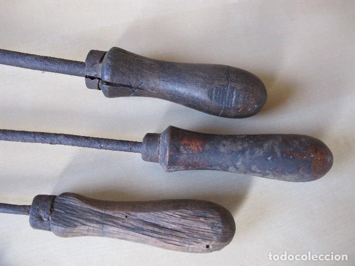 Antigüedades: LOTE DE TRES ANTIGUOS SOLDADORES DE ESTAÑO - Foto 3 - 122741243
