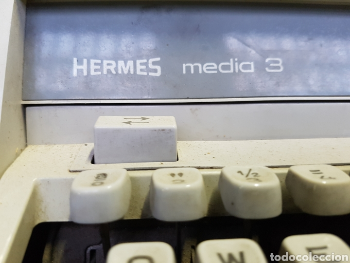 Antigüedades: ANTIGUA MAQUINA DE ESCRIBIR HERMES MEDIA 3 - Foto 2 - 122918320