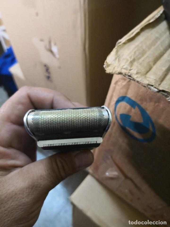 Antigüedades: Maquina de afeitar Braun años 80 con estuche - Foto 3 - 122921563
