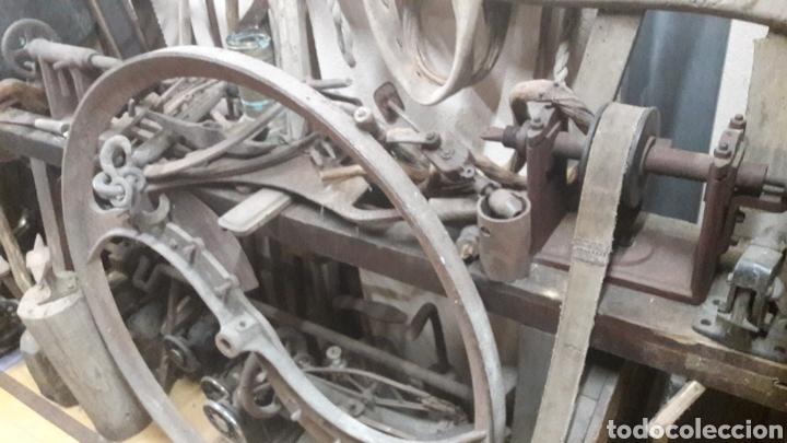 Antigüedades: Gran torno de pedales 1940 Galicia acepto ofertas ANTICIPADAS O ALMACÉN DO COLISEVM - Foto 3 - 122969999