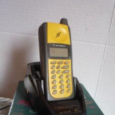 Teléfonos: TELÉFONO MÓVIL 'MOTOROLA FLARE TM'. COMPLETO, CON CAJA ORIGINAL, FUNDA EN USO Y FUNDA NUEVA CON...... Lote 123050507