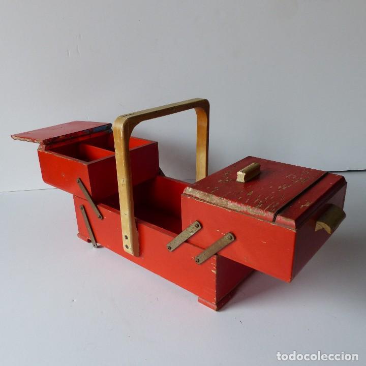 ANTIGUO COSTURERO VINTAGE DE MADERA. 1930 - 1940 (Antigüedades - Técnicas - Máquinas de Coser Antiguas - Complementos)