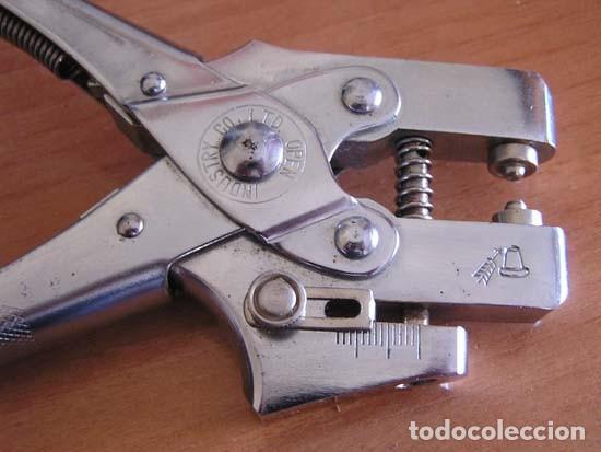 Antigüedades: Remachadora - herramienta cuero / piel / Open Industries / Años 70 - Foto 2 - 123776167
