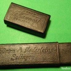 Antigüedades: CAJA VACIA (ESTUCHE) ORIGINAL PARA NAVAJA DE AFEITAR O BARBERO MANN & FEDERLEIN MANNOS SOLINGEN, BOX. Lote 124154039