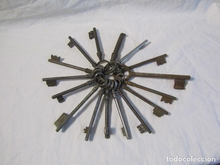 Antigüedades: 16 llaves antiguas 11 - 12 centímetros - Foto 2 - 124229711