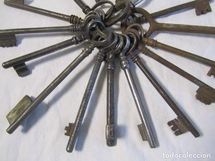 Antigüedades: 16 llaves antiguas 11 - 12 centímetros - Foto 3 - 124229711