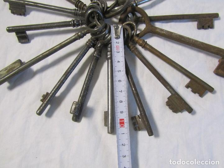 Antigüedades: 16 llaves antiguas 11 - 12 centímetros - Foto 4 - 124229711