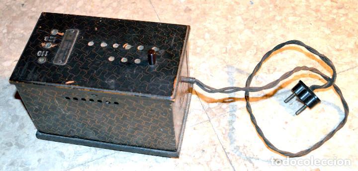 ANTIGUO TRANSFORMADOR CORRIENTE ELÉCTRICA. DCA. (Antigüedades - Técnicas - Herramientas Profesionales - Electricidad)