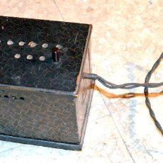 Antigüedades: ANTIGUO TRANSFORMADOR CORRIENTE ELÉCTRICA. DCA.. Lote 124358087