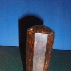 Antigüedades: ANTIGUO RECIPIENTE BAQUELITA PARA GUARDAR LA BARRA DE JABON PARA AFEITARSE 9X4 CM. . Lote 124402091